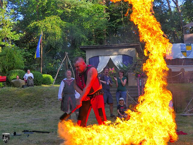 Das Burgfest auf dem Thingplatz 2