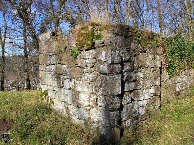 Burg Eberbach, Heldenburg