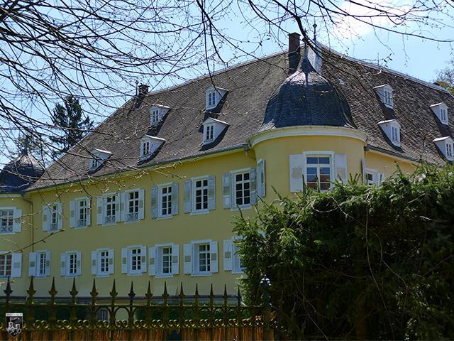 Schloss Königsbach in Baden-Württemberg