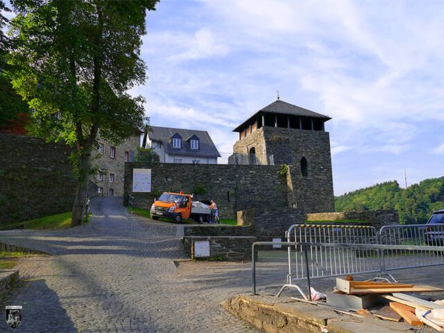 Burg Monschau - Blick auf die Kernburg der Oberburg