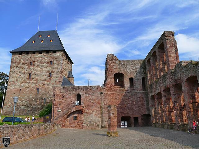 Burg Nideggen in Nordrhein-Westfalen