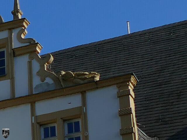 Der ermordete Dachdecker am Westflügel