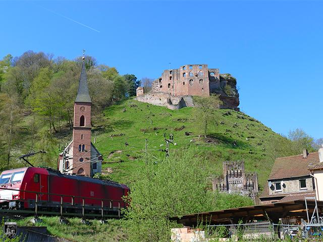 Burg Frankenstein in Rheinland-Pfalz