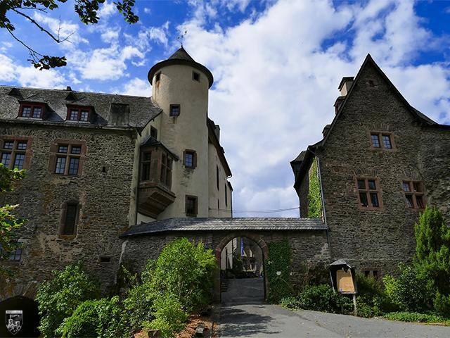 Burg Neuerburg in Rheinland-Pfalz