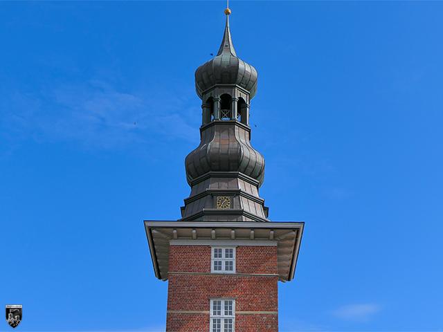 Schloss vor Husum - Die Turmspitze ist eine Rekonstruktion nach Vorlage von 1752.
