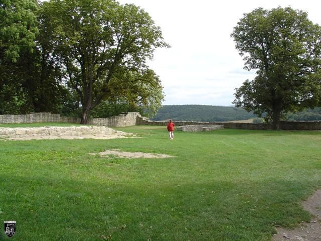Burg Hakenburg, Untere Sachsenburg