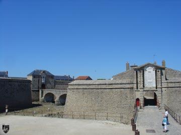 Burg Fort Port-Louis 35