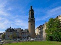 Das Stadtschloss Weimar mit Schlossturm und Bastille